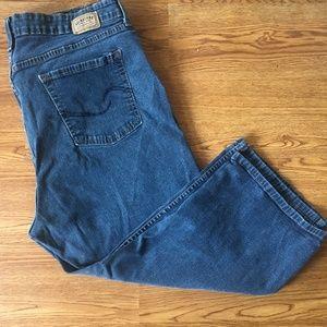 Signature By Levi's Women's Blue Capri Jeans